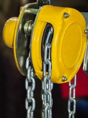 Chain fall hoist